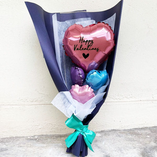 Valentines balloon heart bouquet